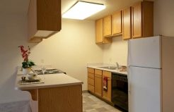 Edgewood Apartments kitchen
