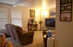 Meadowrock Apartments living area