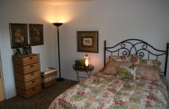 Edgewood Apartments bedroom