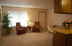 Coddingtown Mall Apartments living area